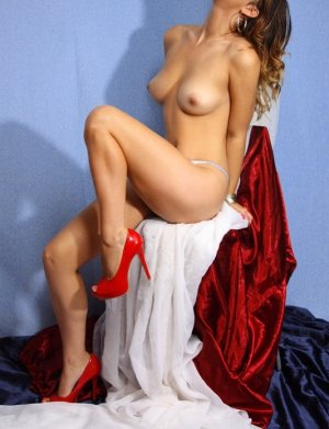 Brigide model escort girl