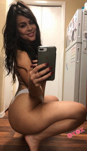 Lilianne model incall escort in Cary