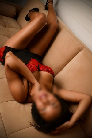 Enolah live escorts in Dover NH