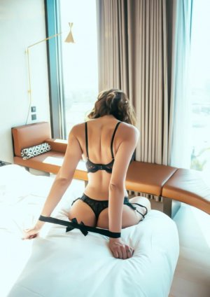 Michaelle incall escort